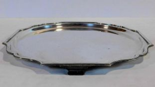 A sterling silver Art Deco Boodle & Dunthorne four footed tray. Hallmarked R&B for Boodle and