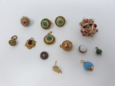 A collection of antique and vintage jewellery. Including foil stone set lantern shaped pendant,