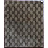 A modern rug with all over lattice design. L.103xW.92cm