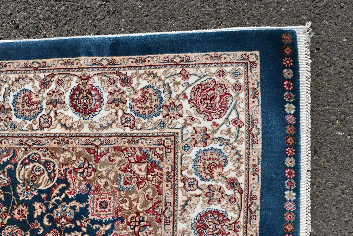 A Persian style rug with central floral medallion on a sapphire ground contained by naturalistic - Image 3 of 4