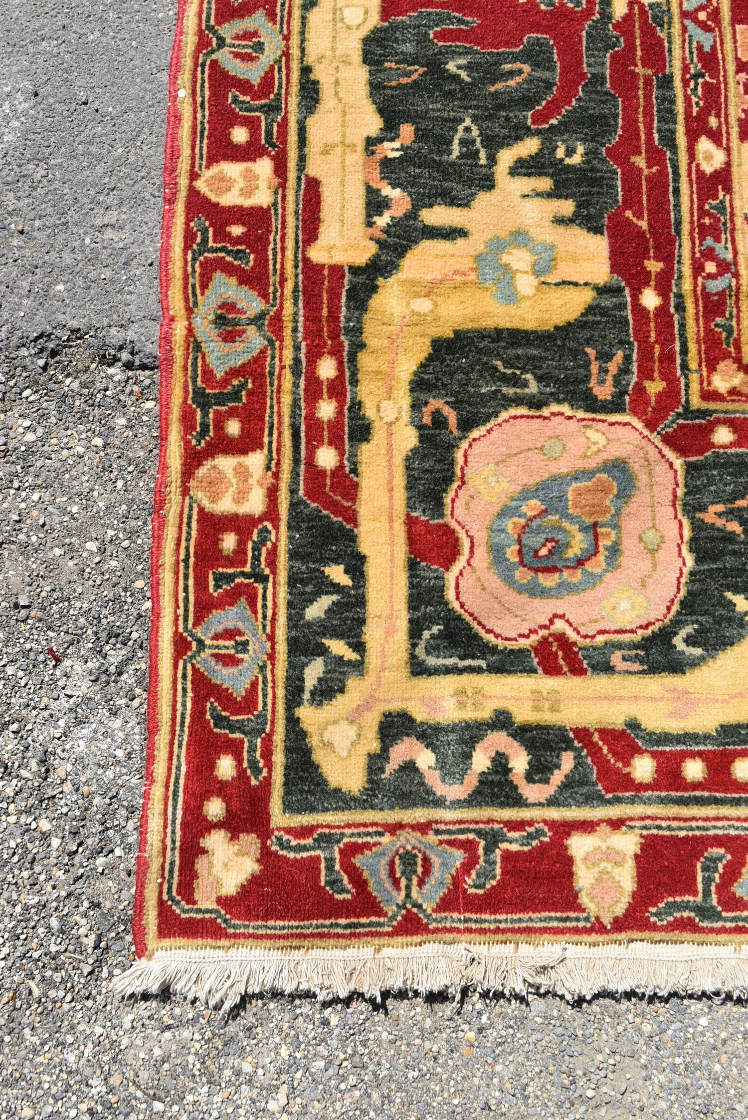 A fine large Agra carpet with all over repeating scrolling palmette and lotus flower decoration on a - Image 3 of 4