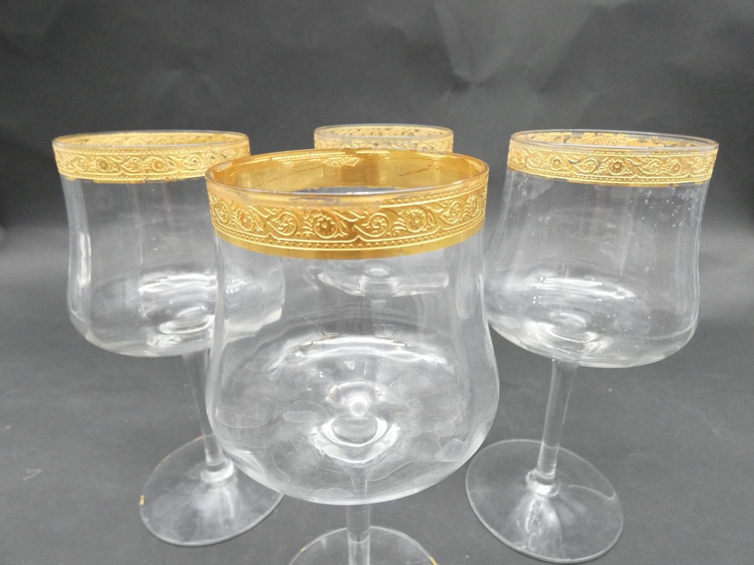 A collection of glasses. Including a set of five sherry glasses with gilded Orion symbols, along - Image 13 of 14