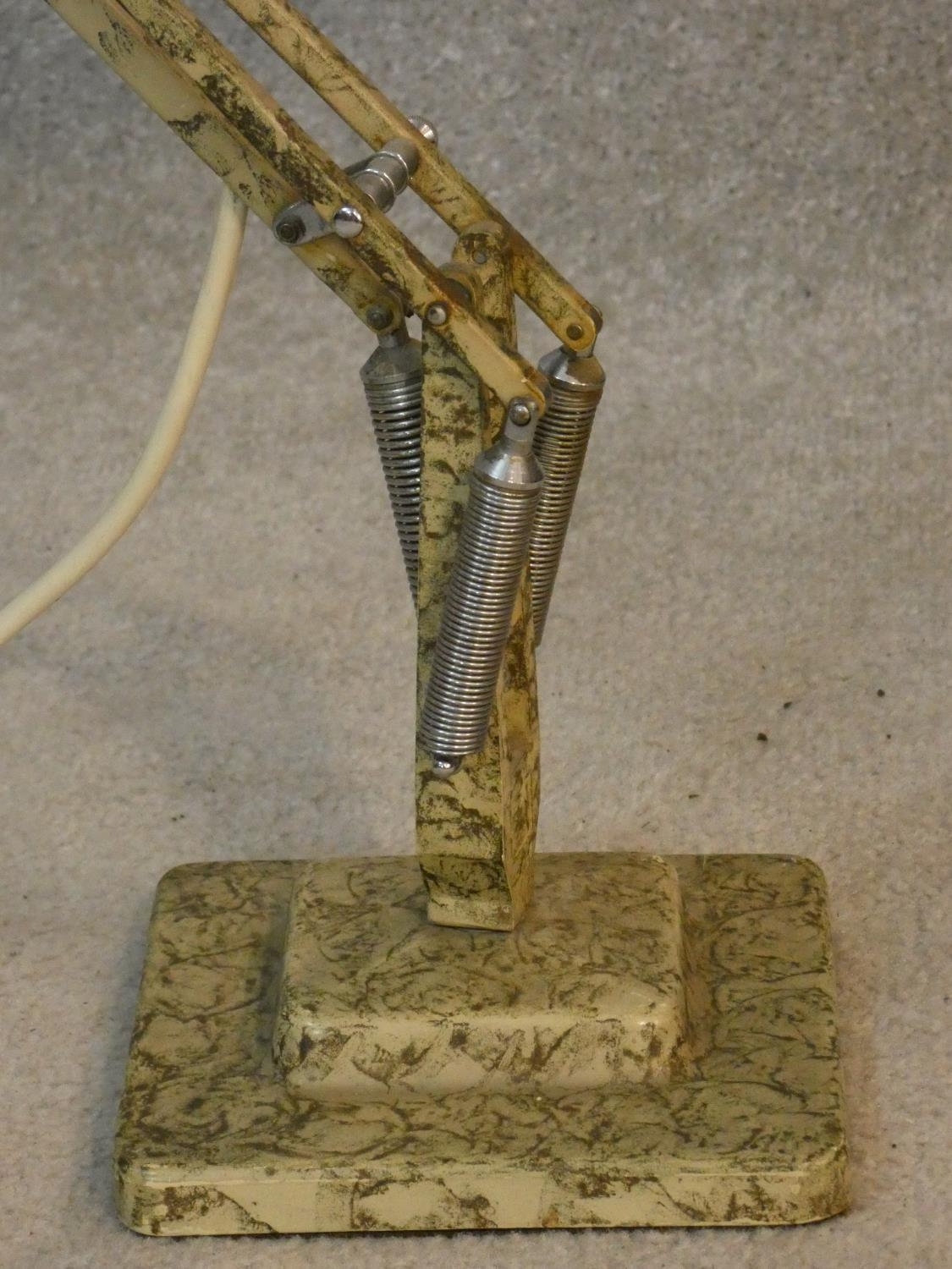 A vintage Herbert Terry & Sons angle poise desk lamp with impressed makers mark to base. H.90cm - Image 8 of 12