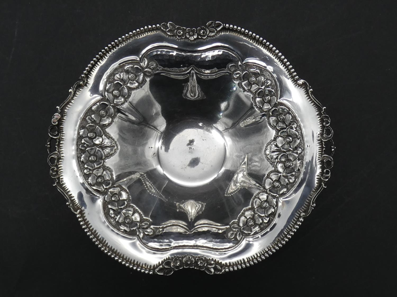A Greek silver repousse floral design bowl on three pierced scrolling feet. Marked 'EPT, XEIPO, - Image 4 of 4