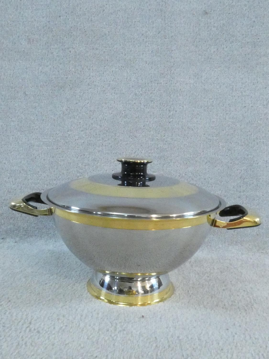 A set of boxed stainless steel as new Cameo Royale pans and cookware with 24k gold plated - Image 8 of 22