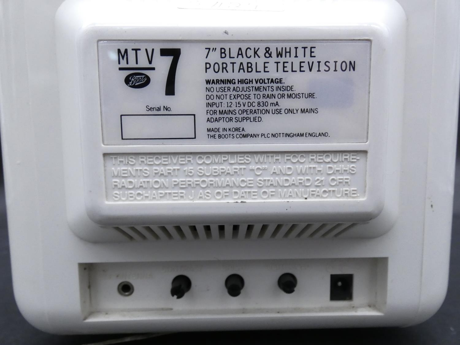 A Vintage Boot's MTV7 Black and White Portable TV 7 inch. H.9 W.19 D.23cm - Image 5 of 7