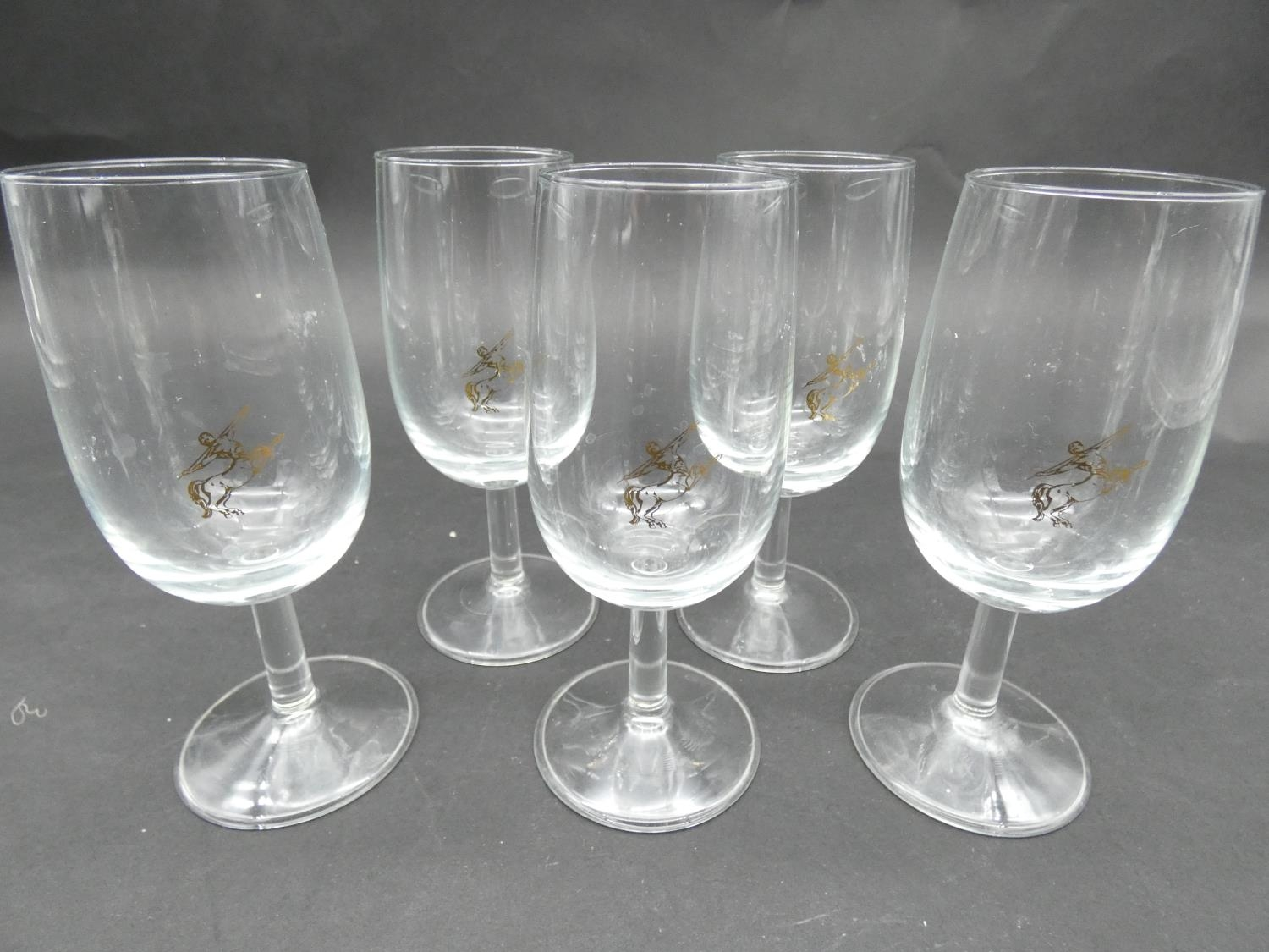 A collection of glasses. Including a set of five sherry glasses with gilded Orion symbols, along - Image 5 of 14