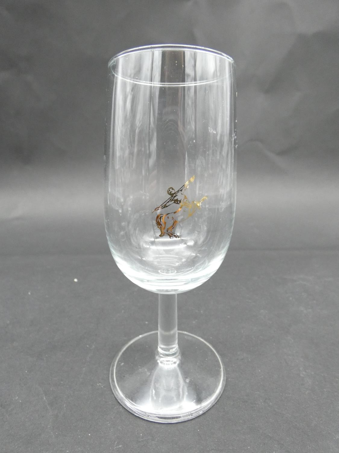 A collection of glasses. Including a set of five sherry glasses with gilded Orion symbols, along - Image 8 of 14