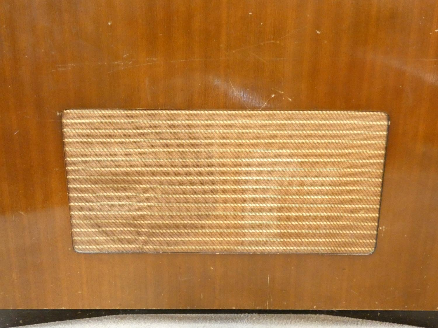 A vintage teak floor standing Ekco radiogram and record player. H.72 W.83 D.39cm - Image 14 of 17