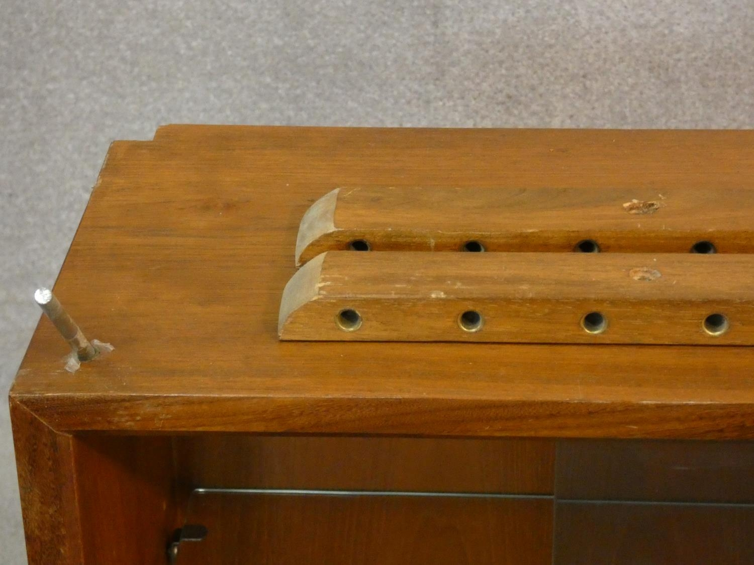 A 1960's vintage teak wall hanging cabinet with fittings. H.56 W.80 D.24cm - Image 5 of 10