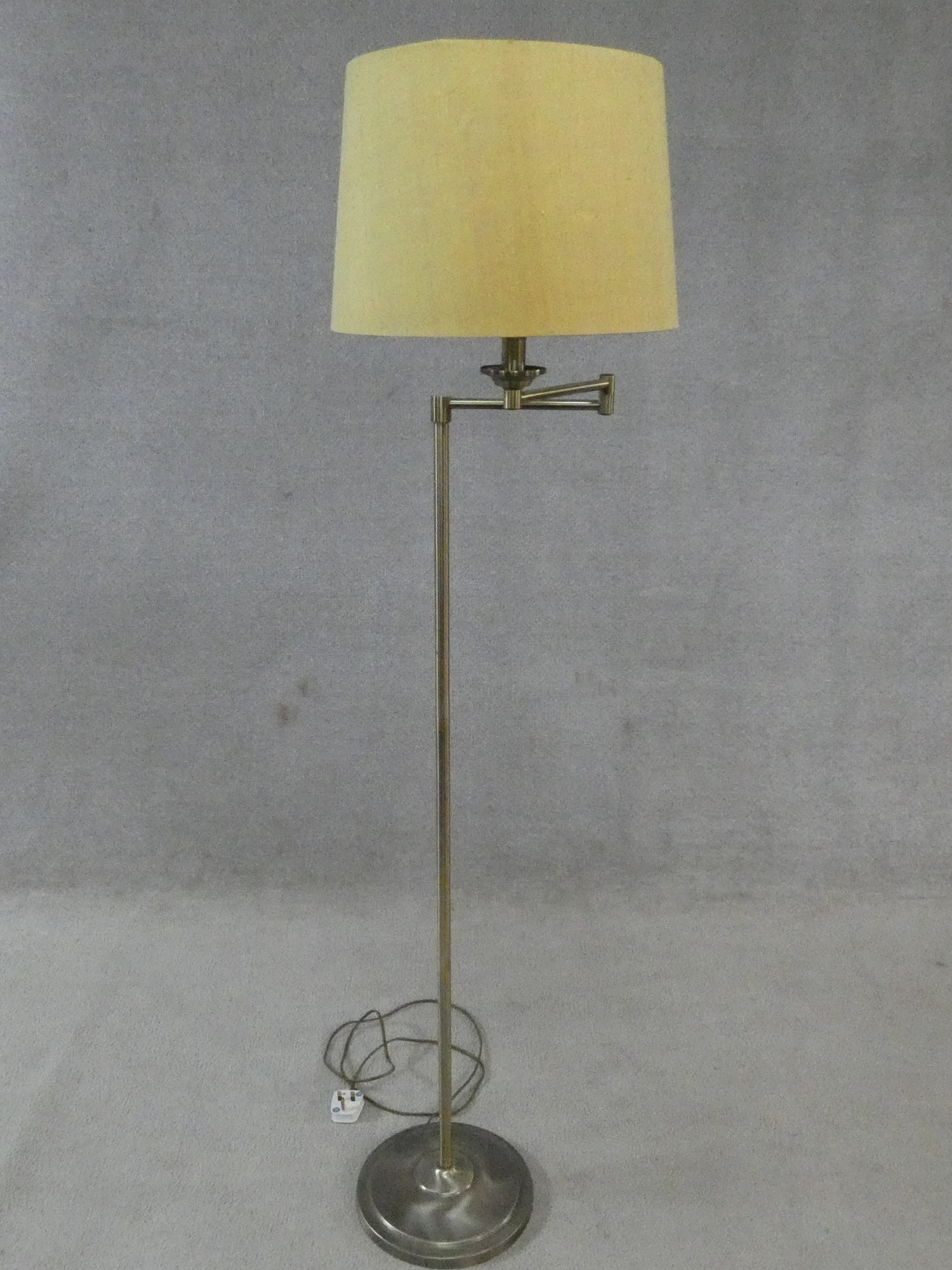 Two brass standard lamps with articulated actions and a chrome adjustable standard lamp. H.162cm - Image 12 of 16