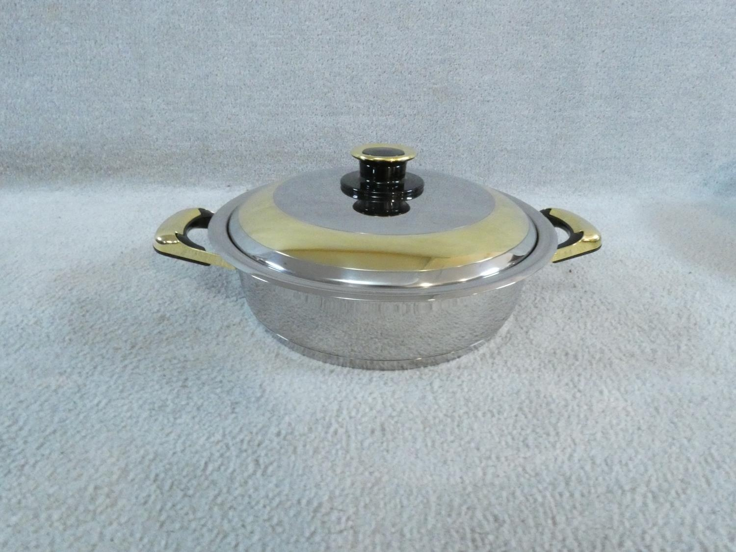 A set of boxed stainless steel as new Cameo Royale pans and cookware with 24k gold plated - Image 13 of 22