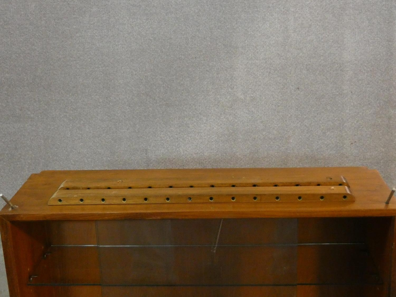 A 1960's vintage teak wall hanging cabinet with fittings. H.56 W.80 D.24cm - Image 8 of 10