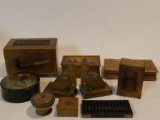 A miscellaneous collection of treen and other wooden items, to include boxes, an old abacus, pelican