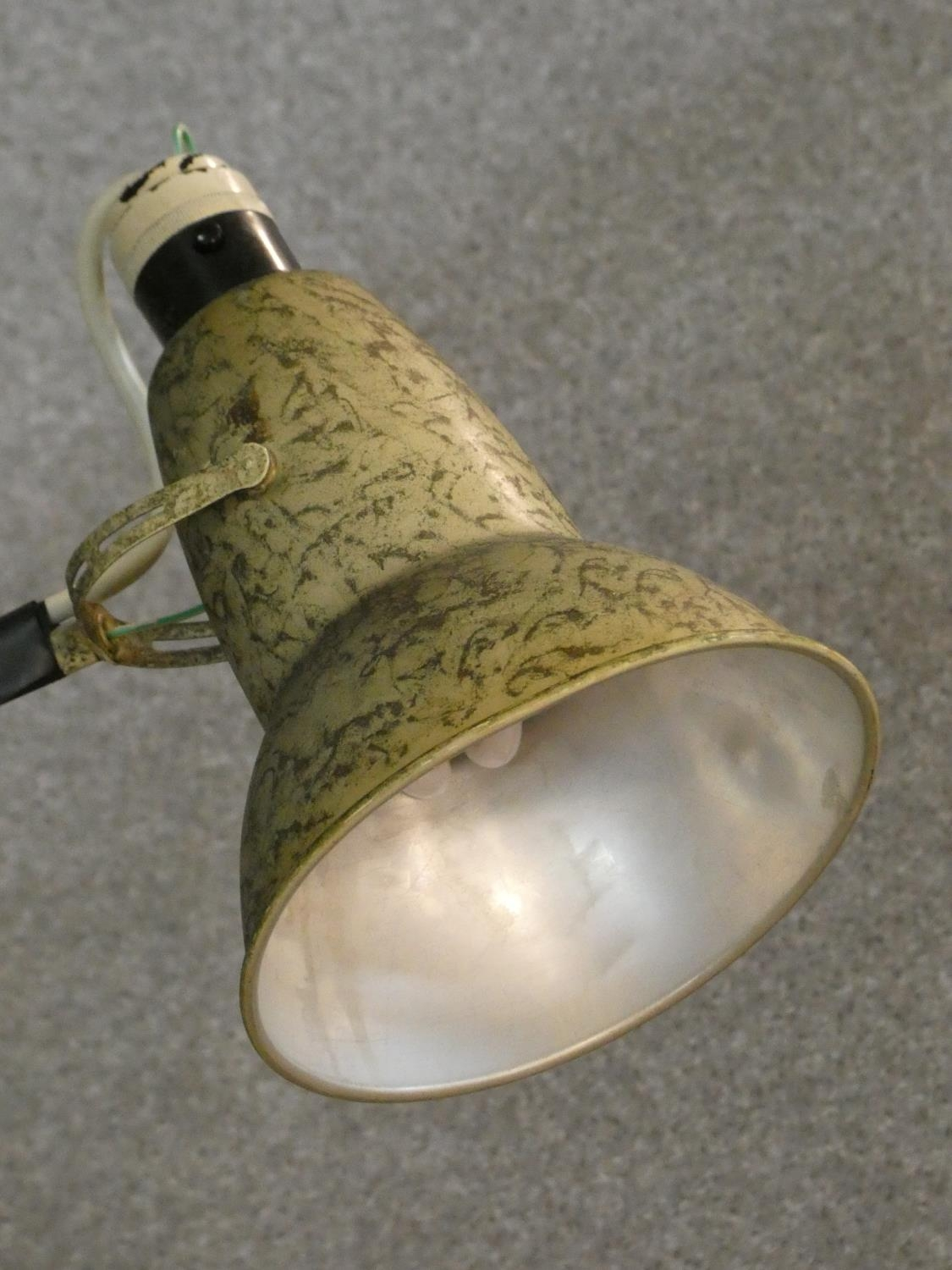 A vintage Herbert Terry & Sons angle poise desk lamp with impressed makers mark to base. H.90cm - Image 4 of 12