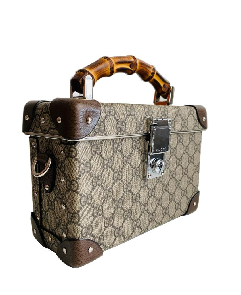 A Gucci Globe Trotter beauty case GG canvas with leather trim and bamboo handle. Includes Strap & - Image 6 of 10