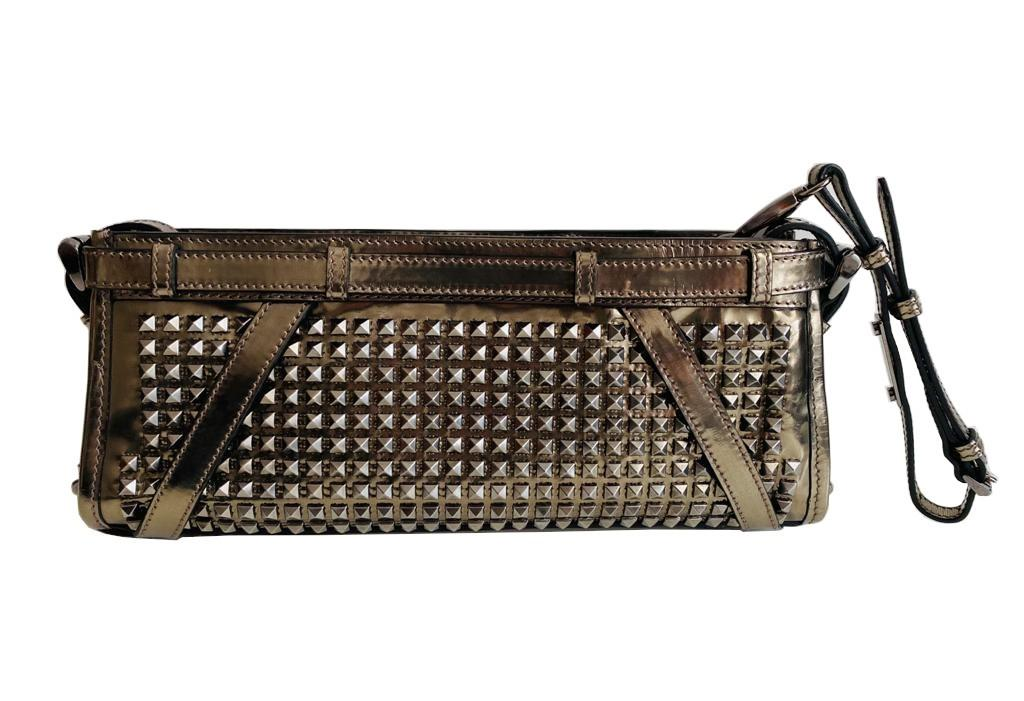 A Burberry metallic Clutch in Pewter Patent leather with silver hardware. Includes Dustbag, - Image 5 of 6