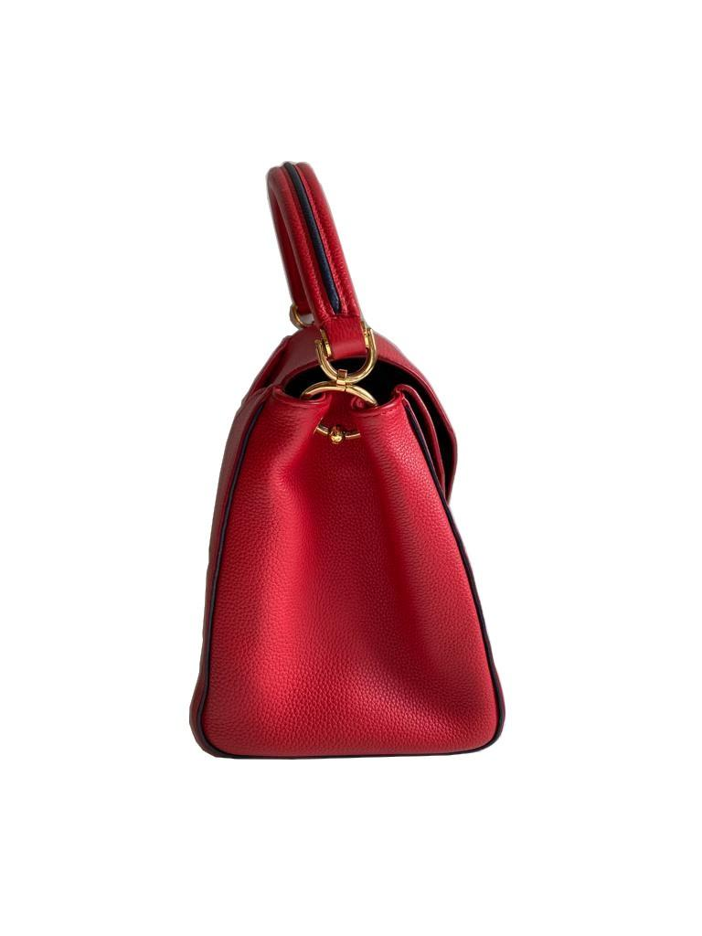 A Louis Vuitton Double V red calf leather and gold hardware. Includes Dustbag, W.28cm x H.20cm x D. - Image 3 of 11