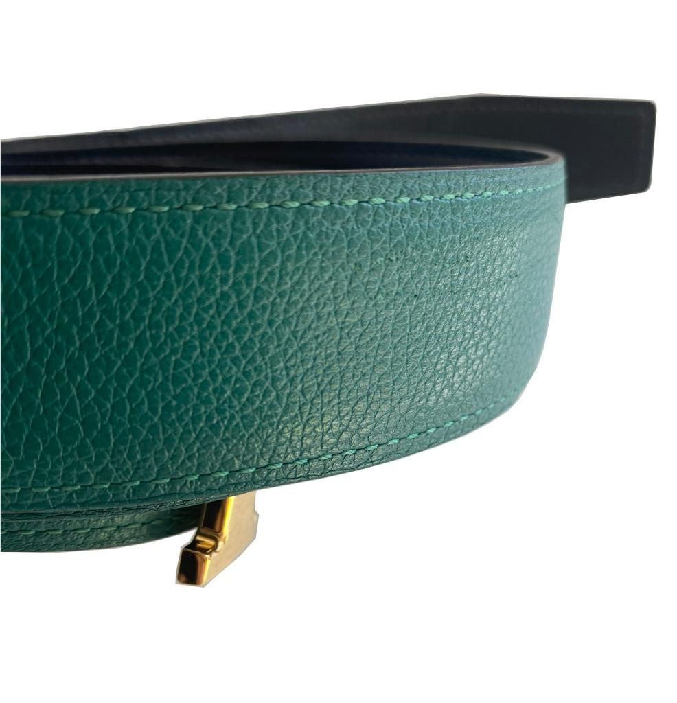 A Hermes Constance Reversible Belt Malachite & Dark Blue Epsom/Swift leather with gold hardware. - Image 4 of 5