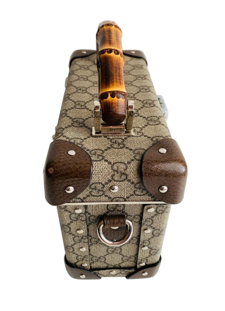 A Gucci Globe Trotter beauty case GG canvas with leather trim and bamboo handle. Includes Strap & - Image 3 of 10