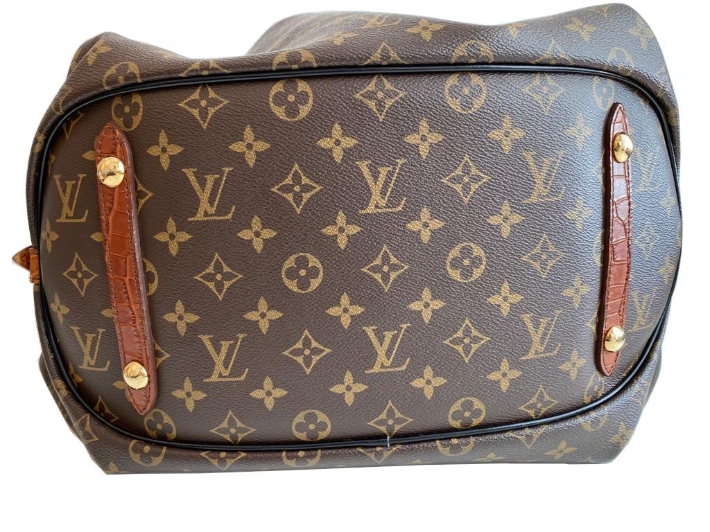 A Louis Vuitton Mahina XL Crocodile Trim Tote in Monogram canvas leather and gold hardware. Includes - Image 7 of 16