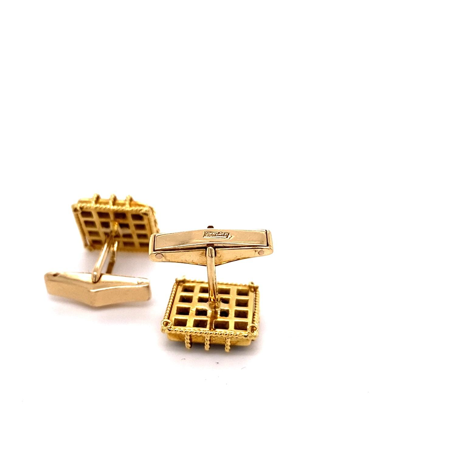A pair of Vintage Kutchinsky pave set Sapphire Cufflinks mounted in 18ct yellow gold. Kutchinsky, - Image 4 of 4