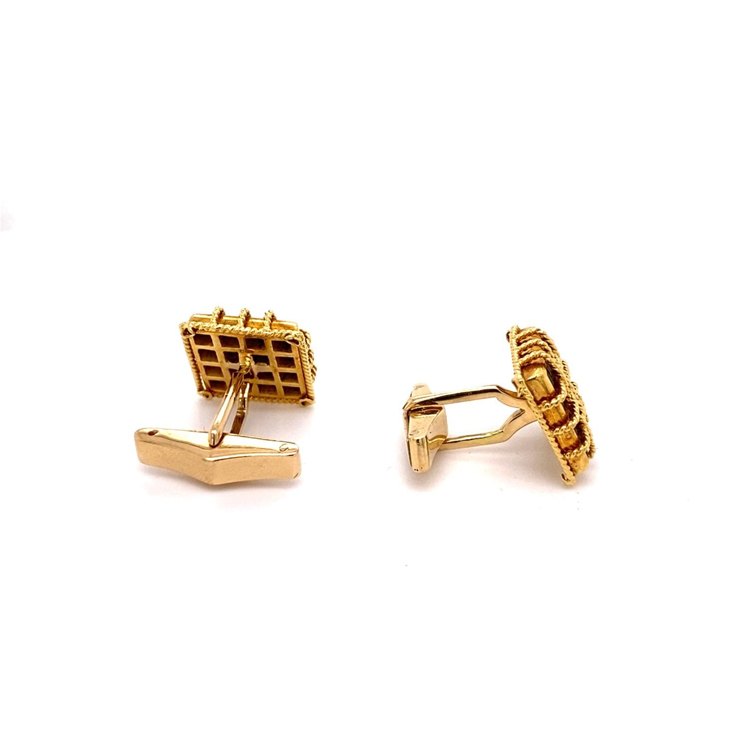 A pair of Vintage Kutchinsky pave set Sapphire Cufflinks mounted in 18ct yellow gold. Kutchinsky, - Image 3 of 4