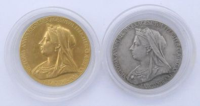 Official small 22ct gold commemorative medal for Diamond Jubilee of Queen Victoria 1897 to