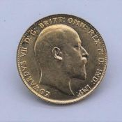 A 1910 Edward VII 22 carat gold Full Sovereign coin. Weight 7.9g. From a private British collection.