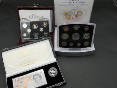 Royal Mint UK Golden Jubilee silver proof crown and £10 banknote cased set (2002) with COA, 2001