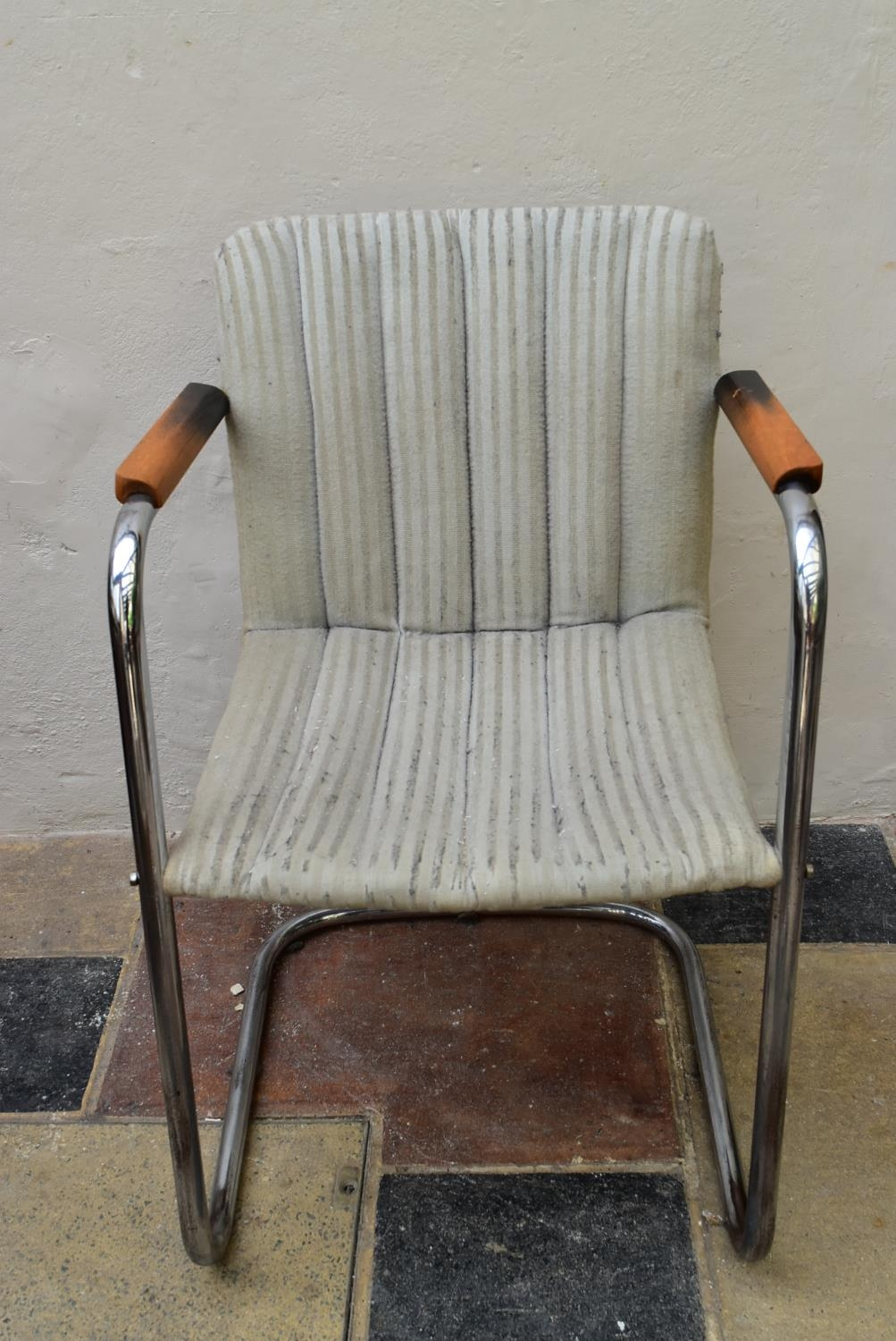 A vintage armchair on chrome cantilever base. H.83 W.53cm - Image 2 of 4