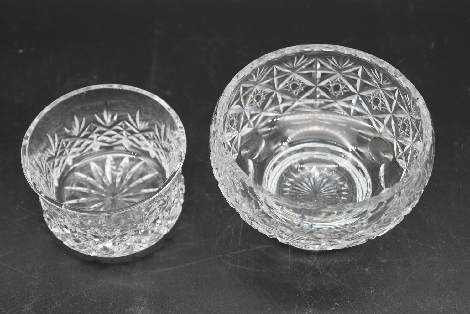 An extensive suite of cut crystal to include port and sherry glasses, champagne cups, vases, water - Image 12 of 15
