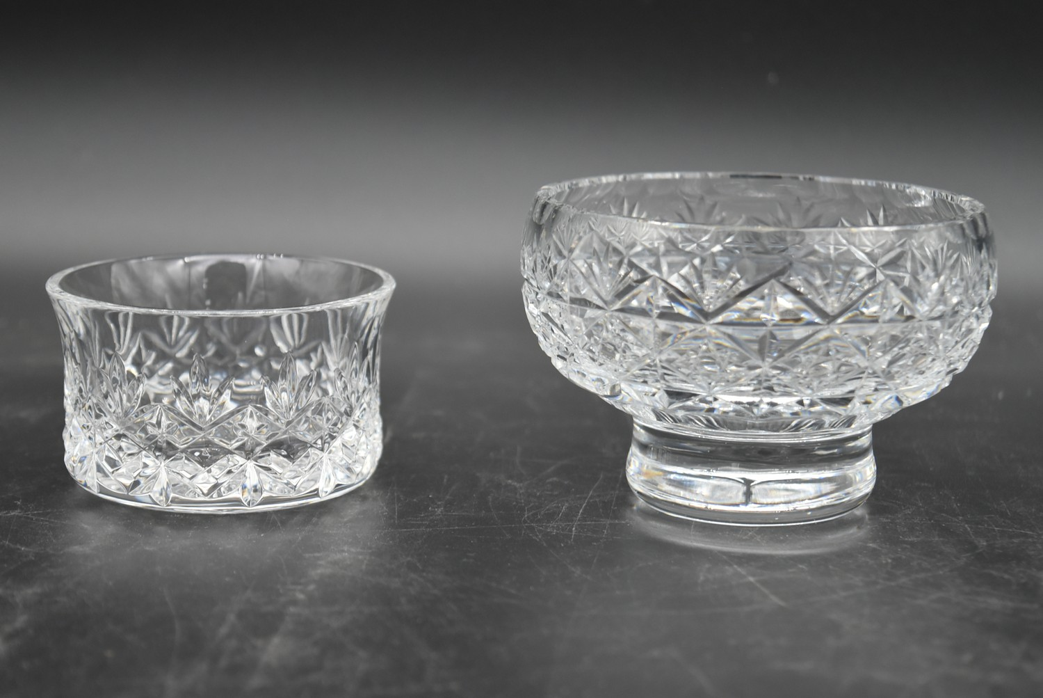An extensive suite of cut crystal to include port and sherry glasses, champagne cups, vases, water - Image 11 of 15