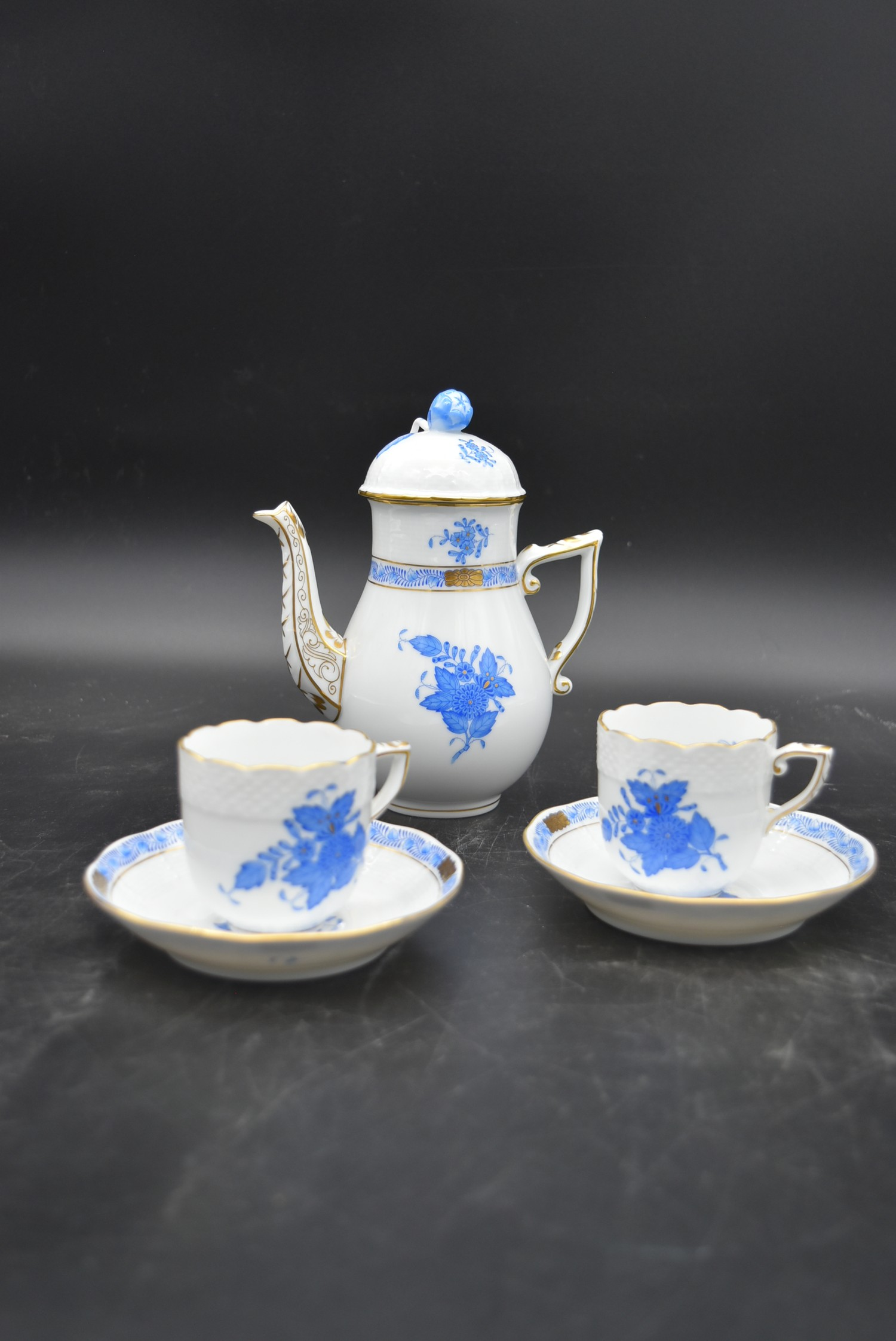 A hand gilded and painted porcelain coffee set by Herend to include coffee pot and a pair of - Image 8 of 14