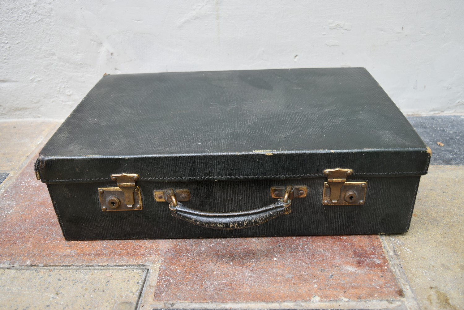 An early 20th century leather travelling gentleman's dressing case, well fitted with a wide - Image 2 of 10