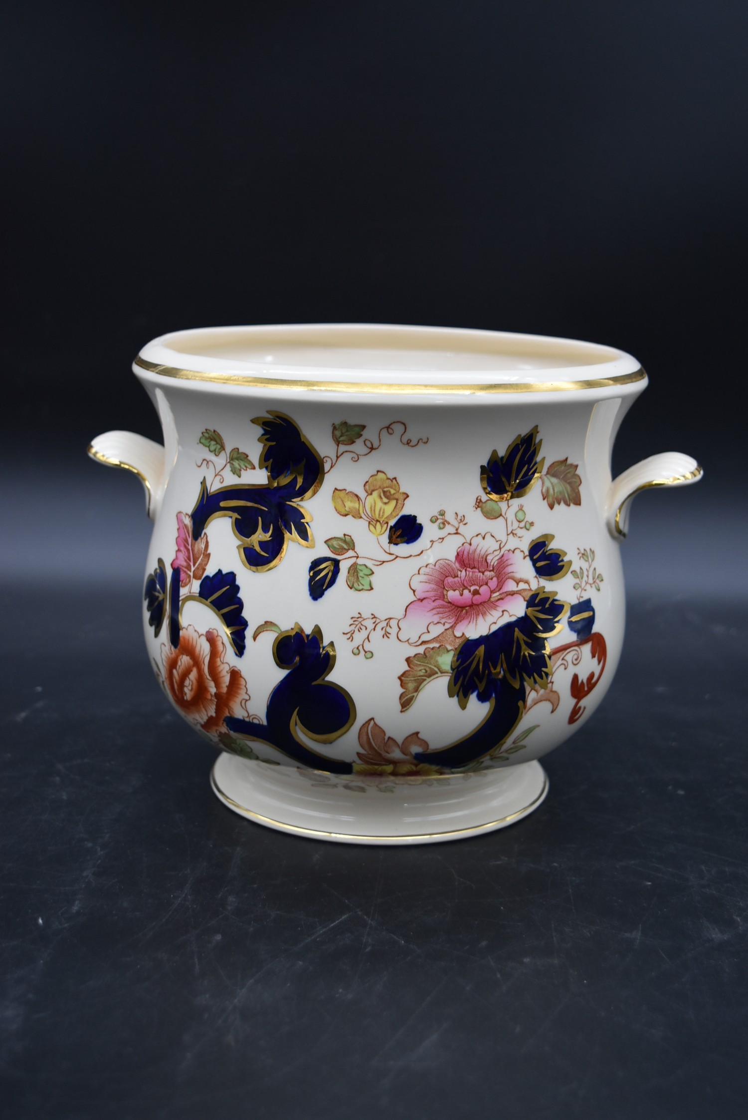 A late 19th century Mason's ironstone bowl, Mandalay, and a matching pail along with a Mason's - Image 4 of 9