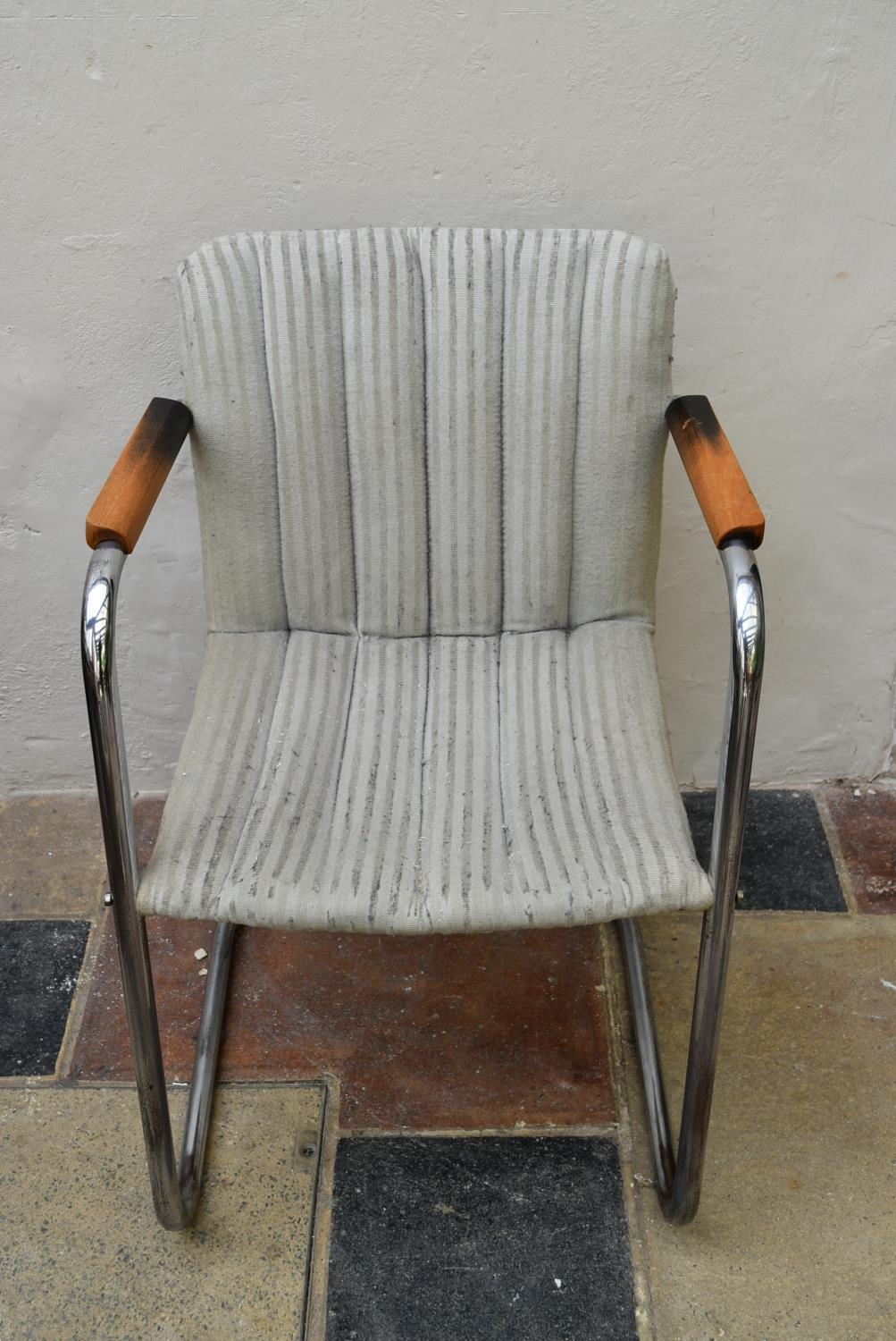 A vintage armchair on chrome cantilever base. H.83 W.53cm - Image 3 of 4