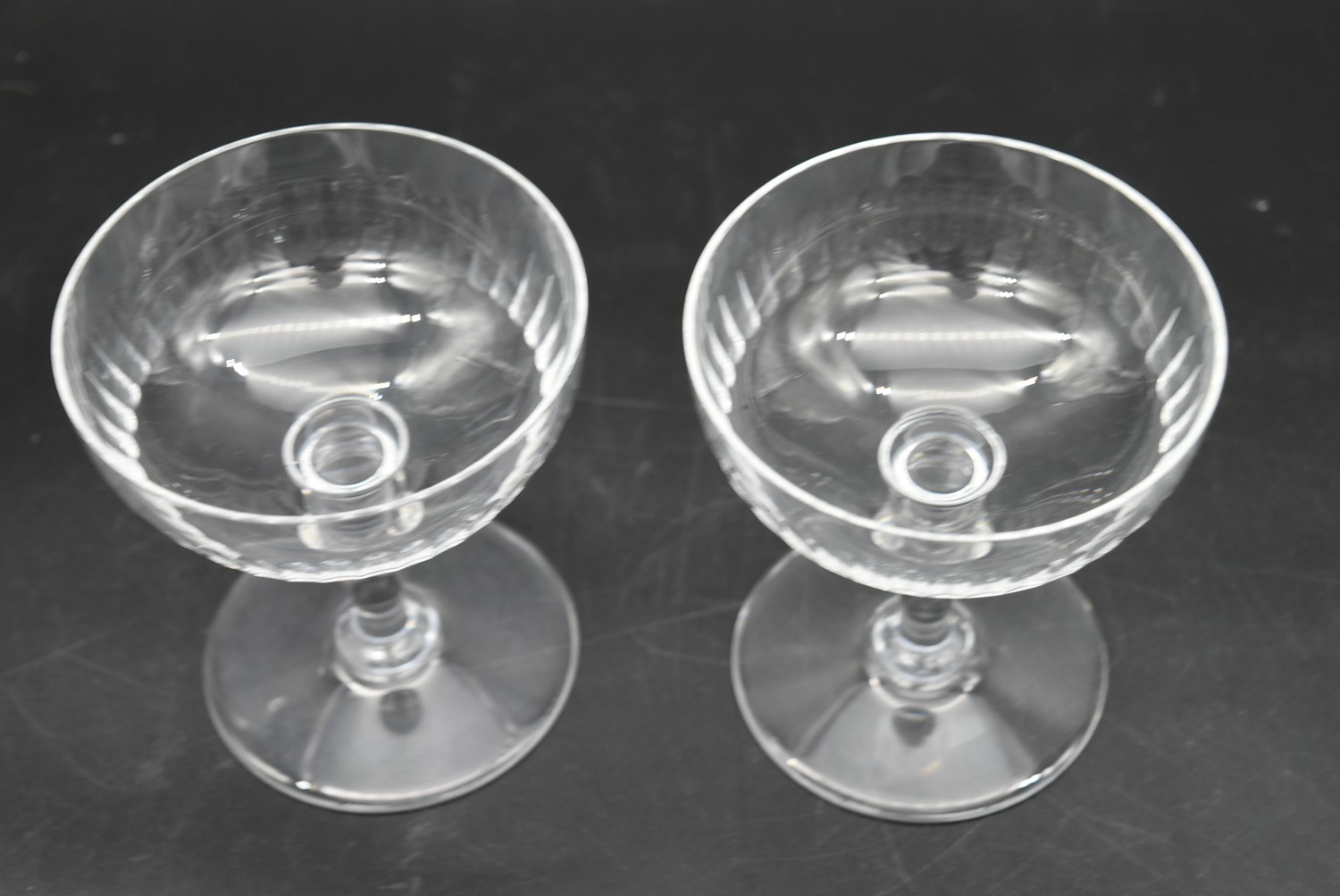 An extensive suite of cut crystal to include port and sherry glasses, champagne cups, vases, water - Image 10 of 15