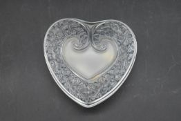 A boxed French Lalique heart shaped lidded frosted glass trinket box. Signed to base. With