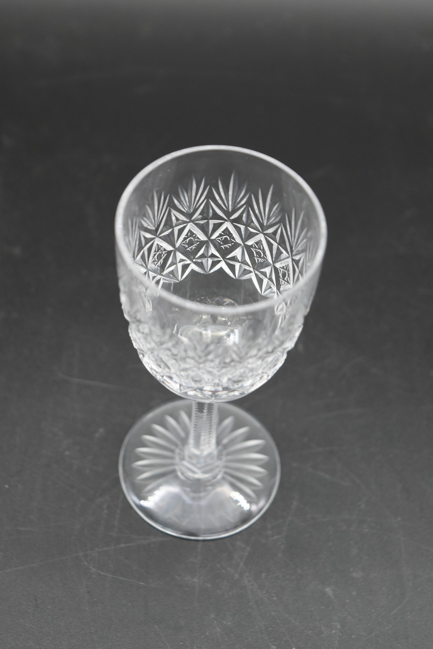 An extensive suite of cut crystal to include port and sherry glasses, champagne cups, vases, water - Image 8 of 15