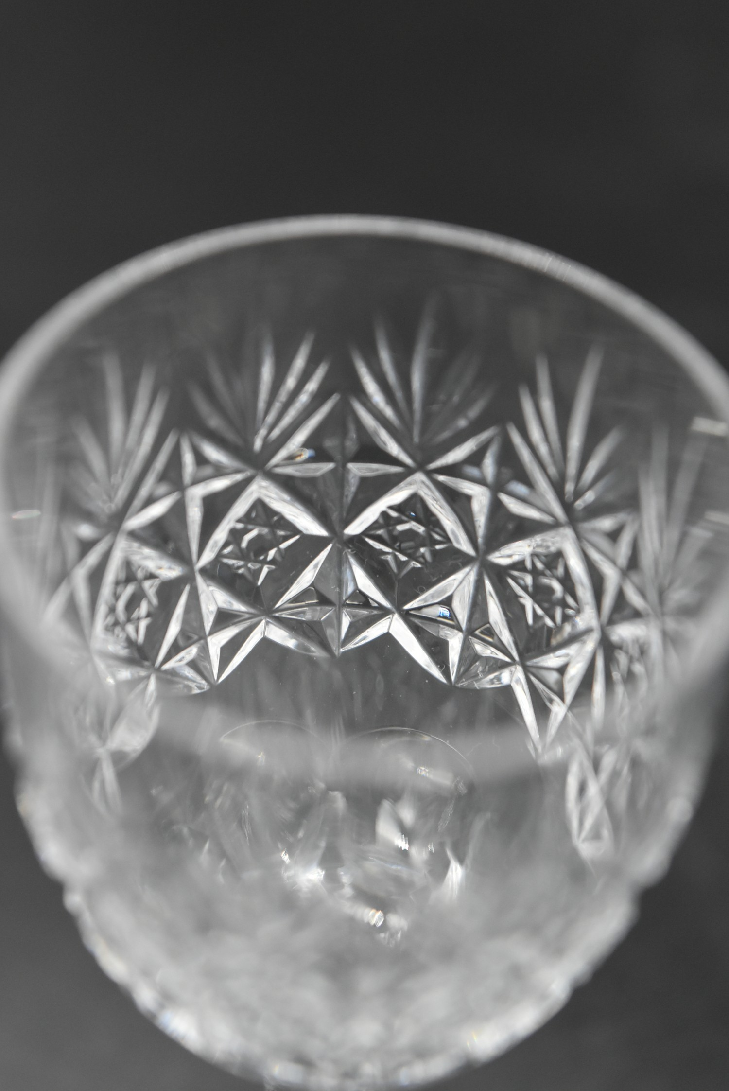 An extensive suite of cut crystal to include port and sherry glasses, champagne cups, vases, water - Image 6 of 15
