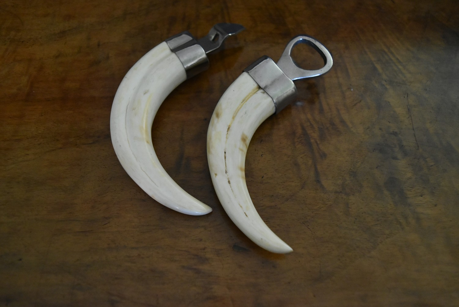 Two antique warthog tusk bottle openers L.8cm - Image 2 of 4