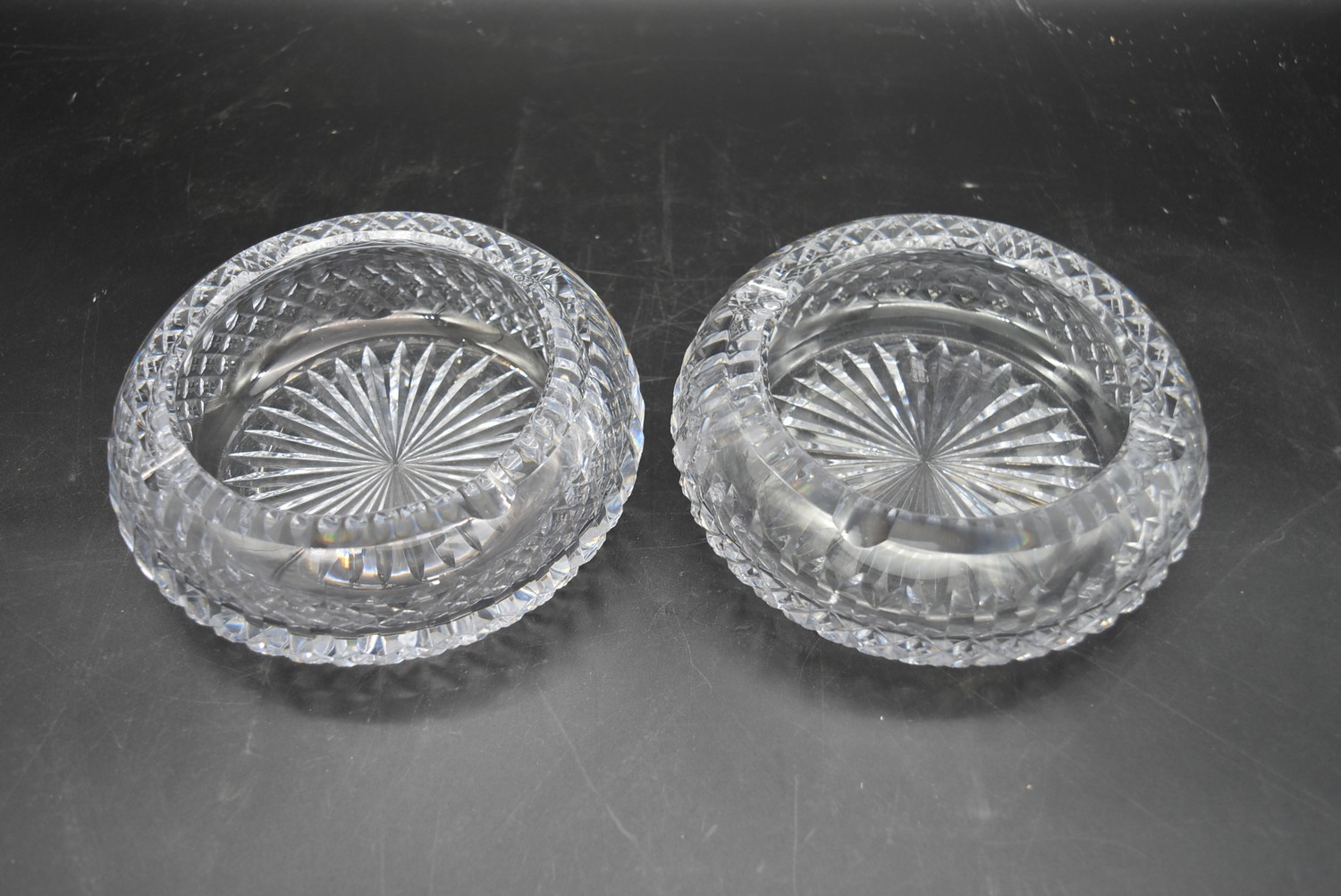 A miscellaneous collection of eight large cut crystal dishes and ashtrays. H.13cm W.21cm - Image 10 of 11