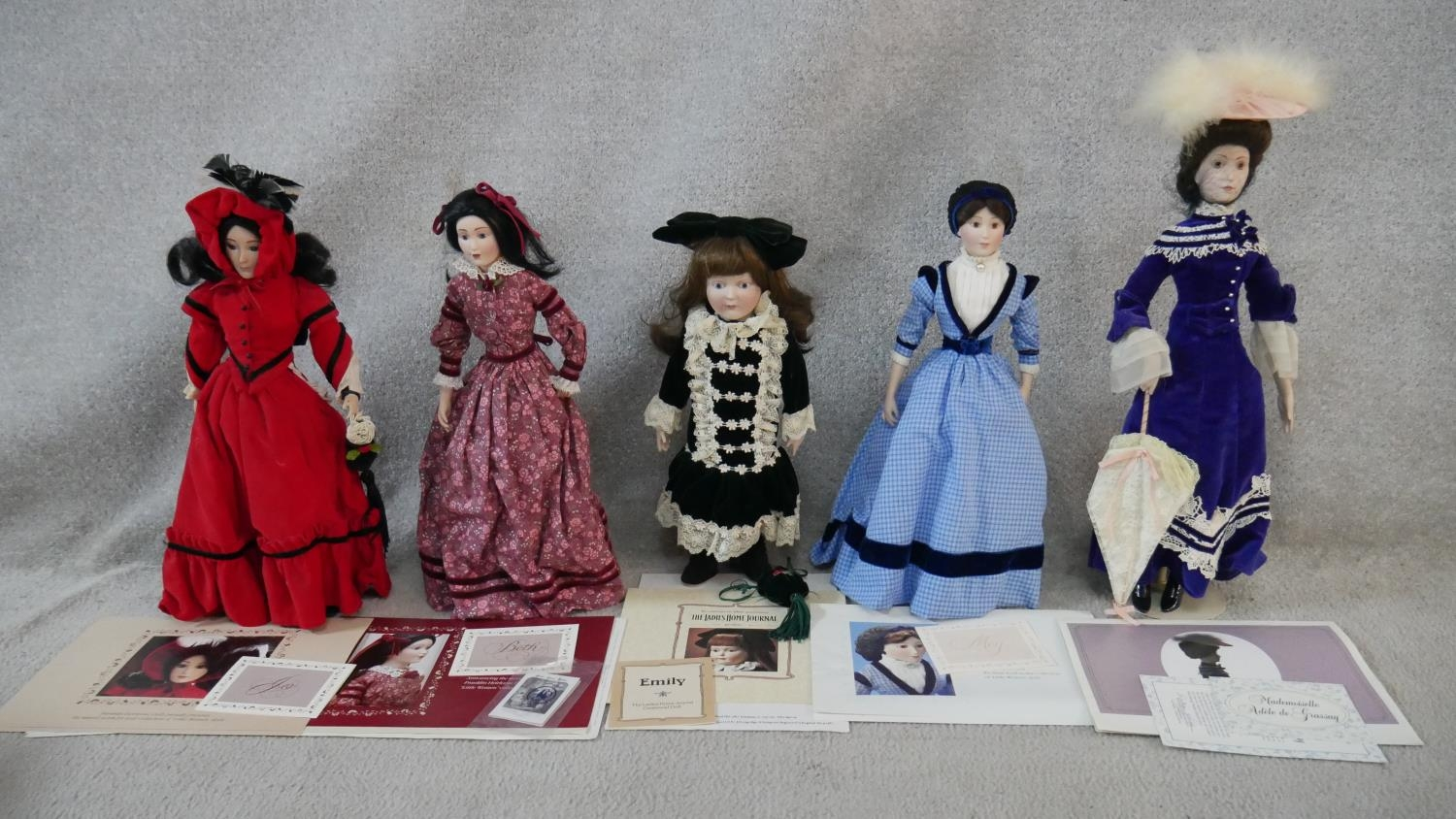 A collection of fourteen porcelain headed Franklin Heirloom Dolls, boxed and with paperwork. H. - Image 6 of 13