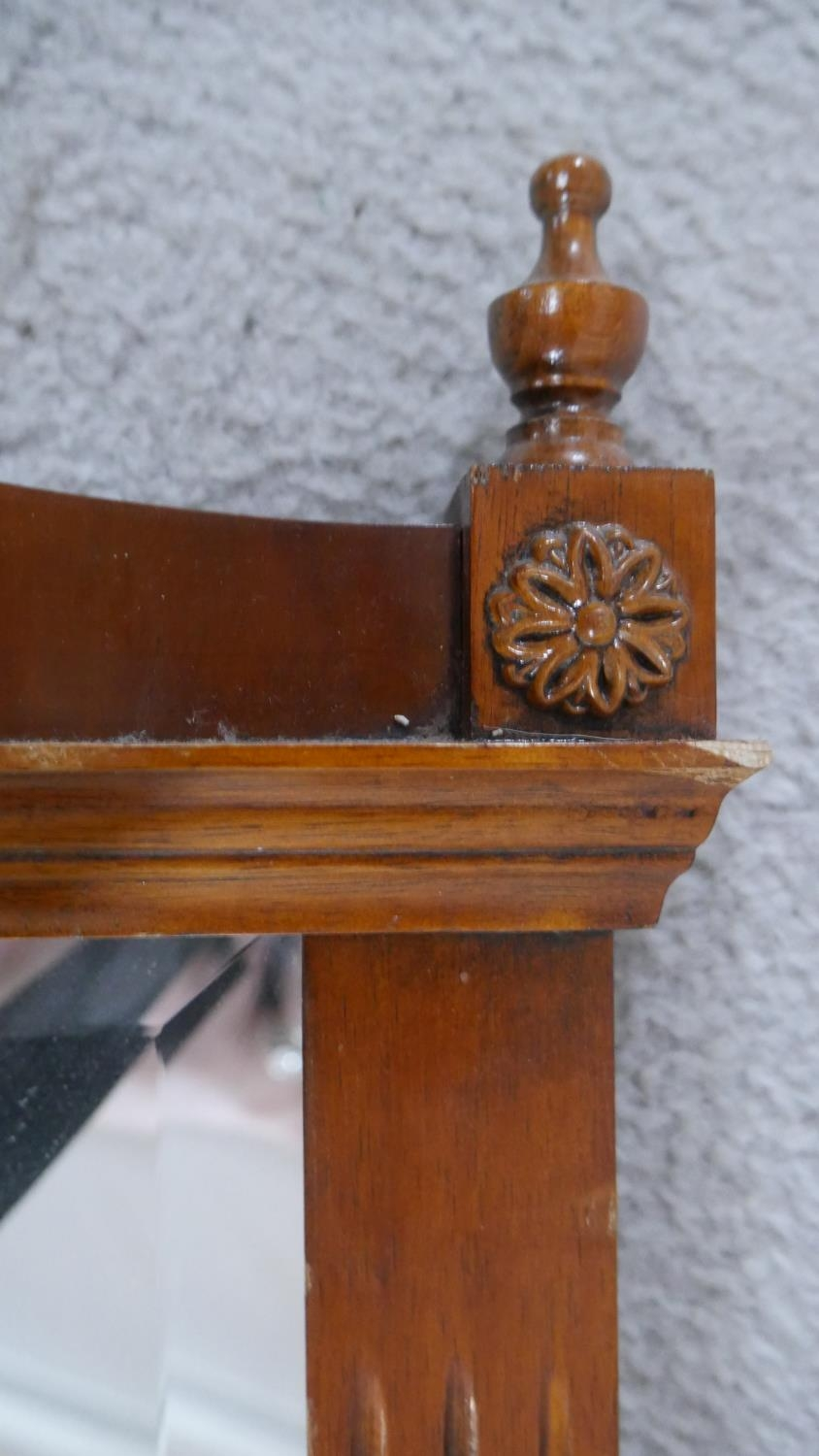 An Adam style yew framed wall mirror with inlaid patera and urn finials to the cresting and bevelled - Image 4 of 5