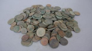 A collection of antique coins from metal detecting. Gross weight: 1520g