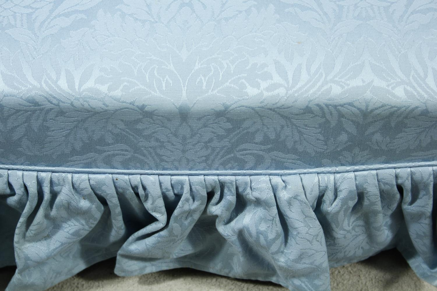 A vintage tub shaped two seater sofa in deep buttoned damask upholstery. H.94 W.150 D.90cm - Image 5 of 7