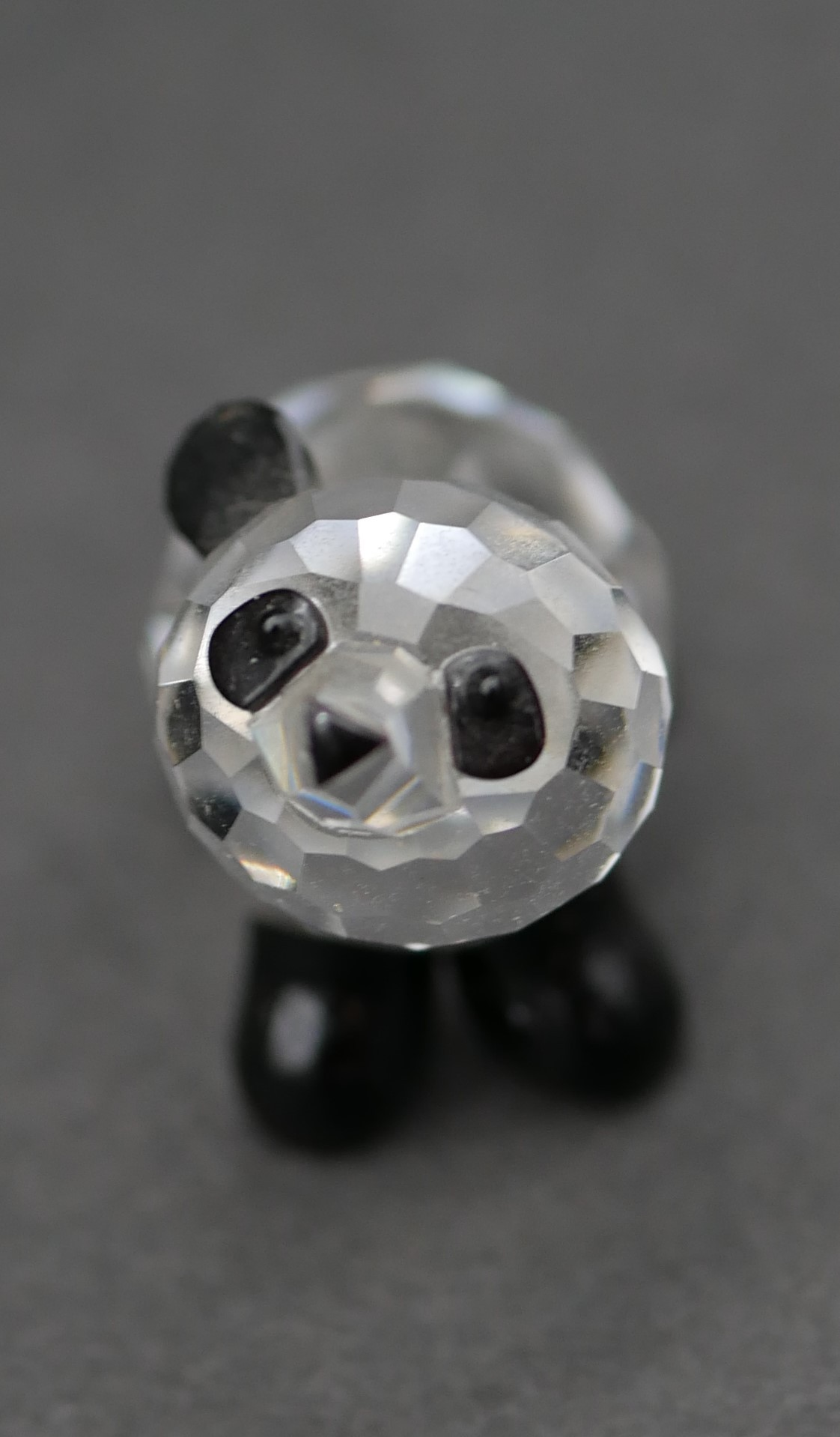 A collection of seventeen Swarovski cut crystal miniature animals to include a roaring lion, - Image 9 of 10