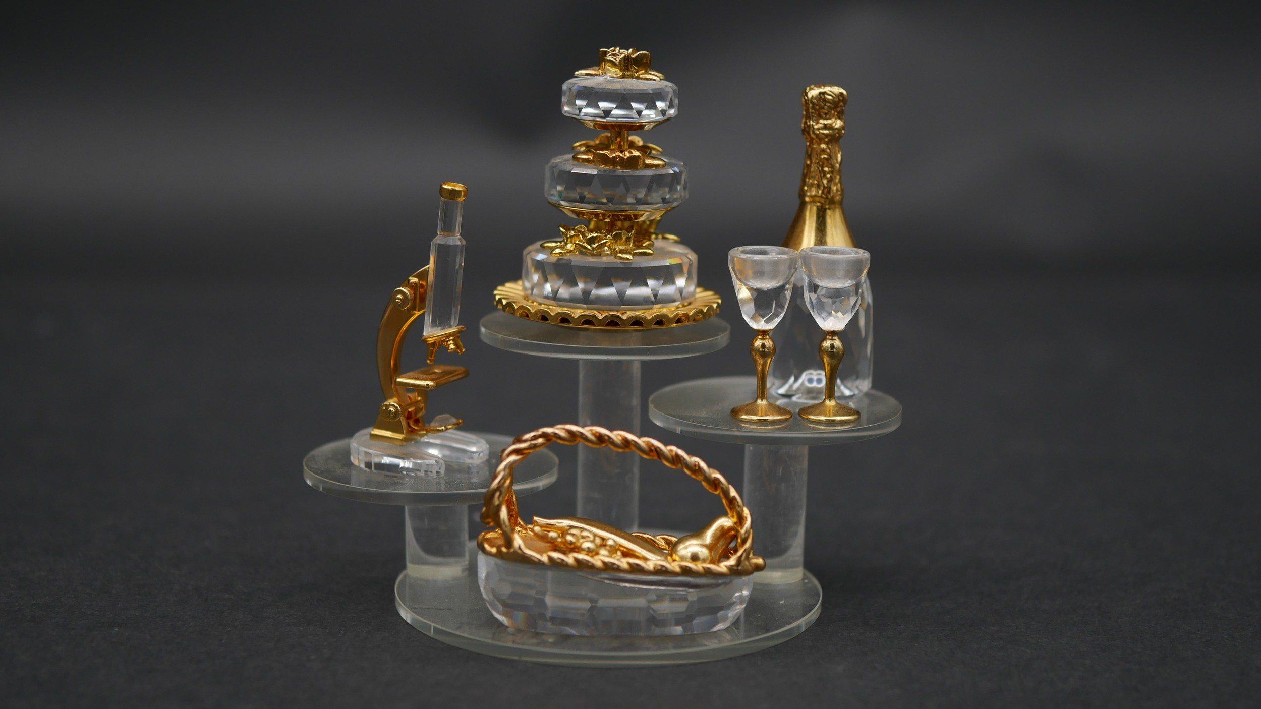 A collection of twenty three Swaovski crystal memories with gilt metal detailing and display - Image 5 of 7
