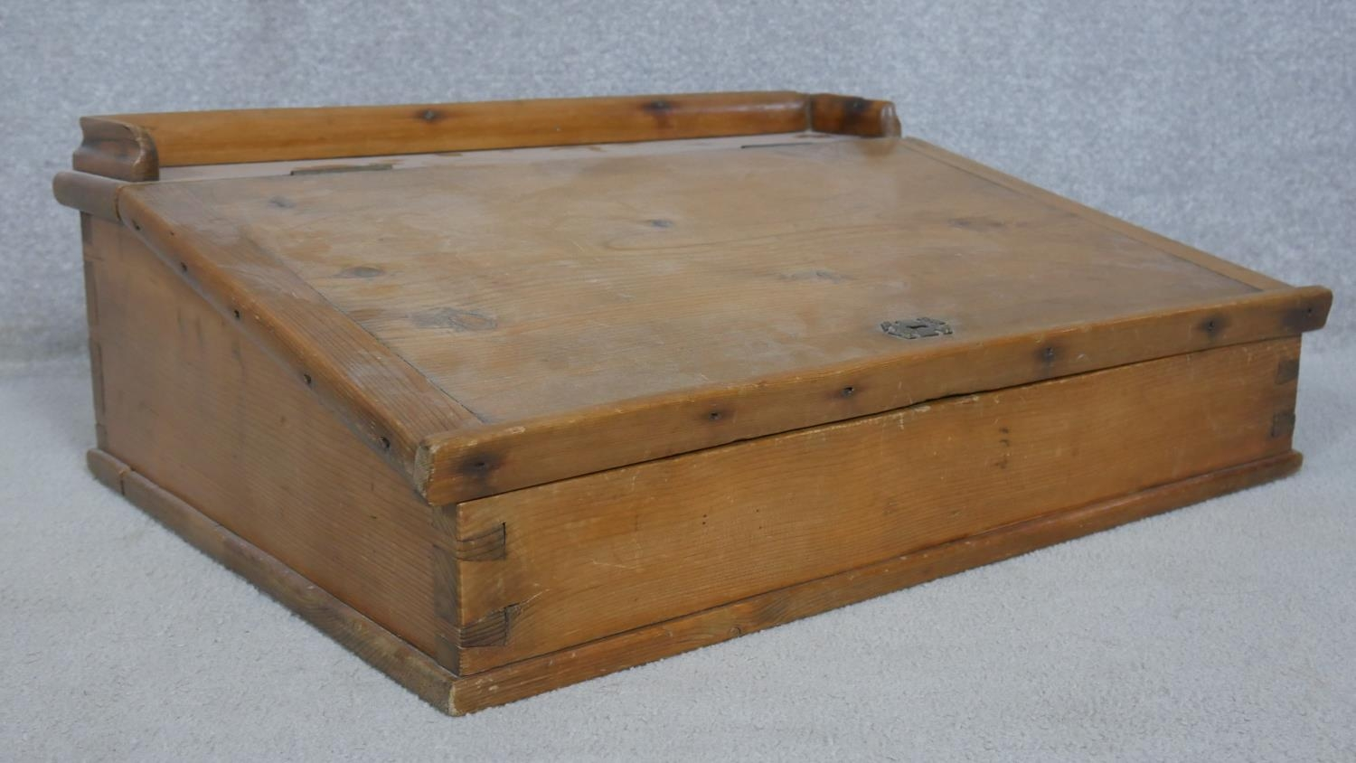 A pine clerk's writing slope with galleried top and hinged lid enclosing storage compartment. H.23 - Image 3 of 4